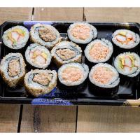 Sushi set 12 rolls