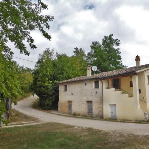 Boerenwoning in Pergola, regio Le Marche