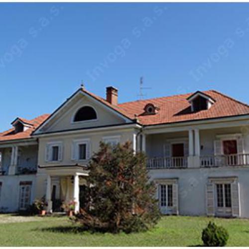 Statige villa vlakbij Castelnuovo Bormida, Acqui Terme, Piemonte.