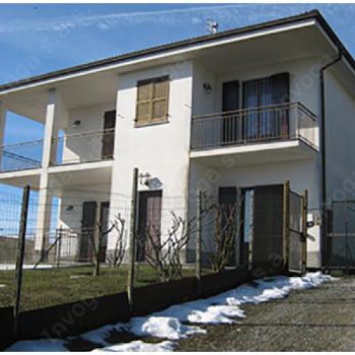Villa te koop, gelegen op de heuvels van Acqui Terme..